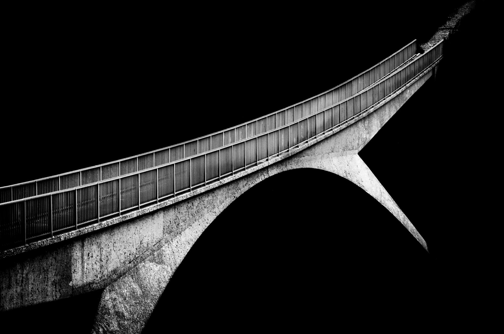 – bridge over m62